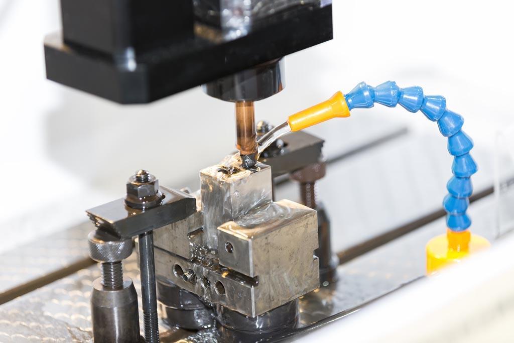 Drilling EDM & Discharging Process
