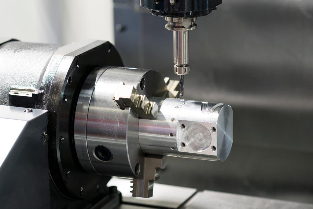 Horizontal Machining Center and Vertical Processing